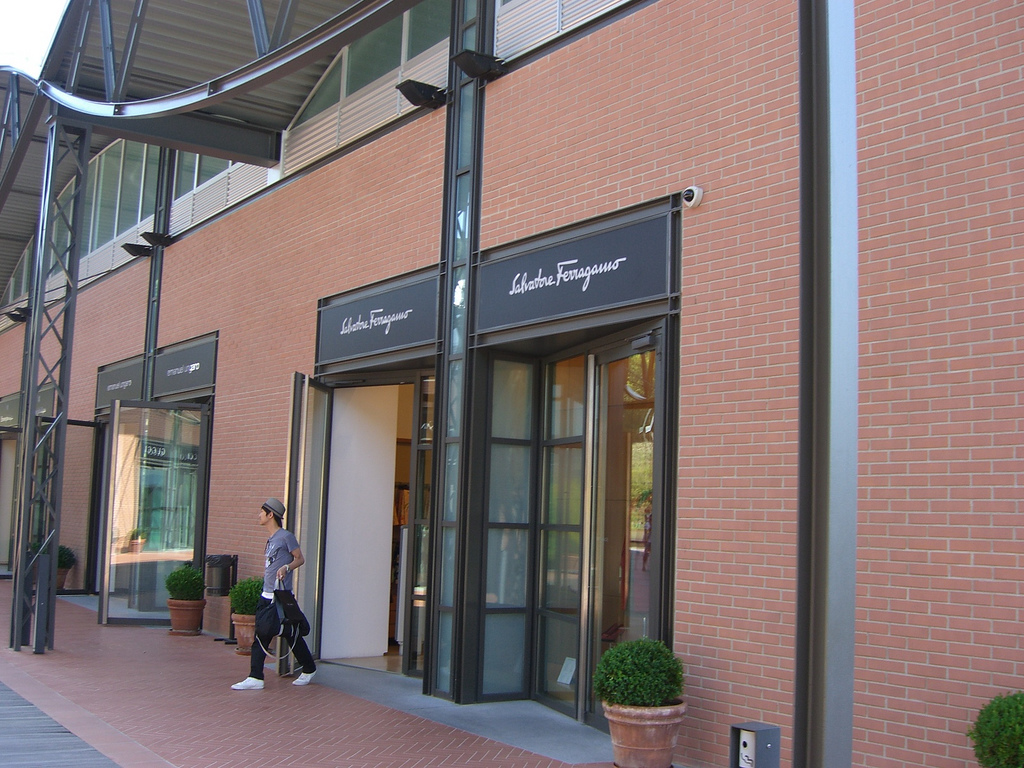 florence outlet