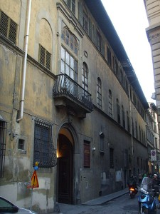 450px-Palazzo_martelli_02