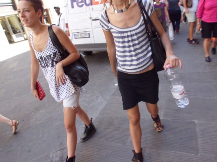 summer street fashion in florence italy blog