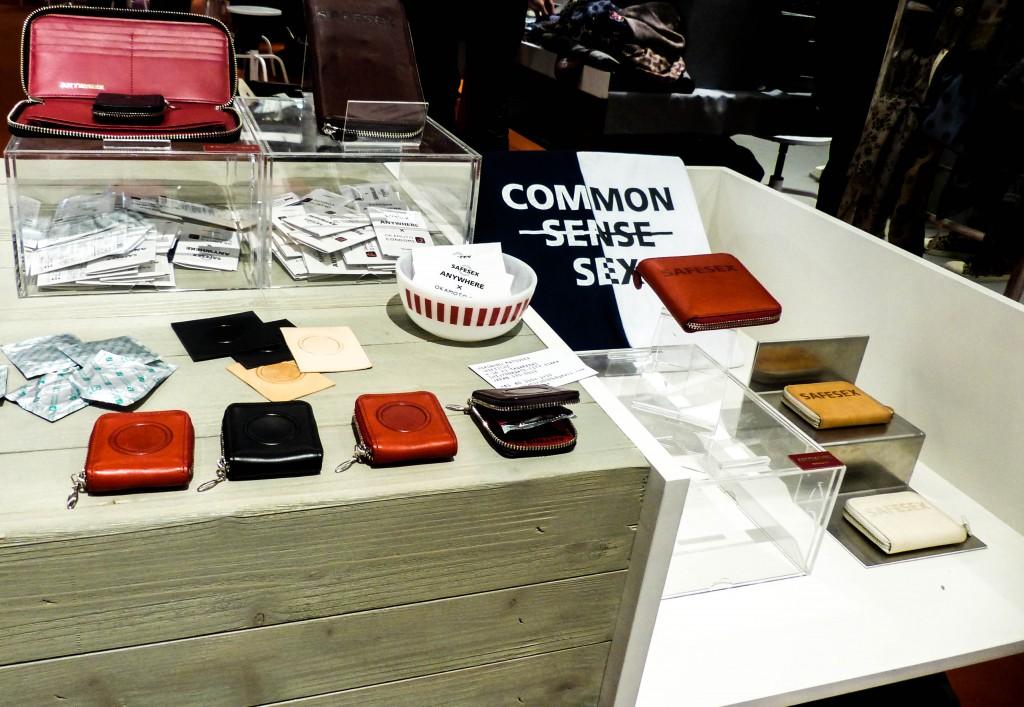 Shikiichi Leather Condom Cases