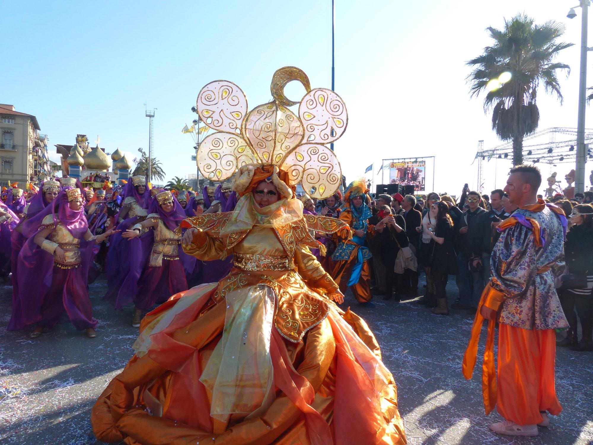 Viareggio costumes