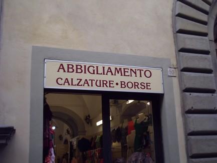 Cheap Florence clothes shop