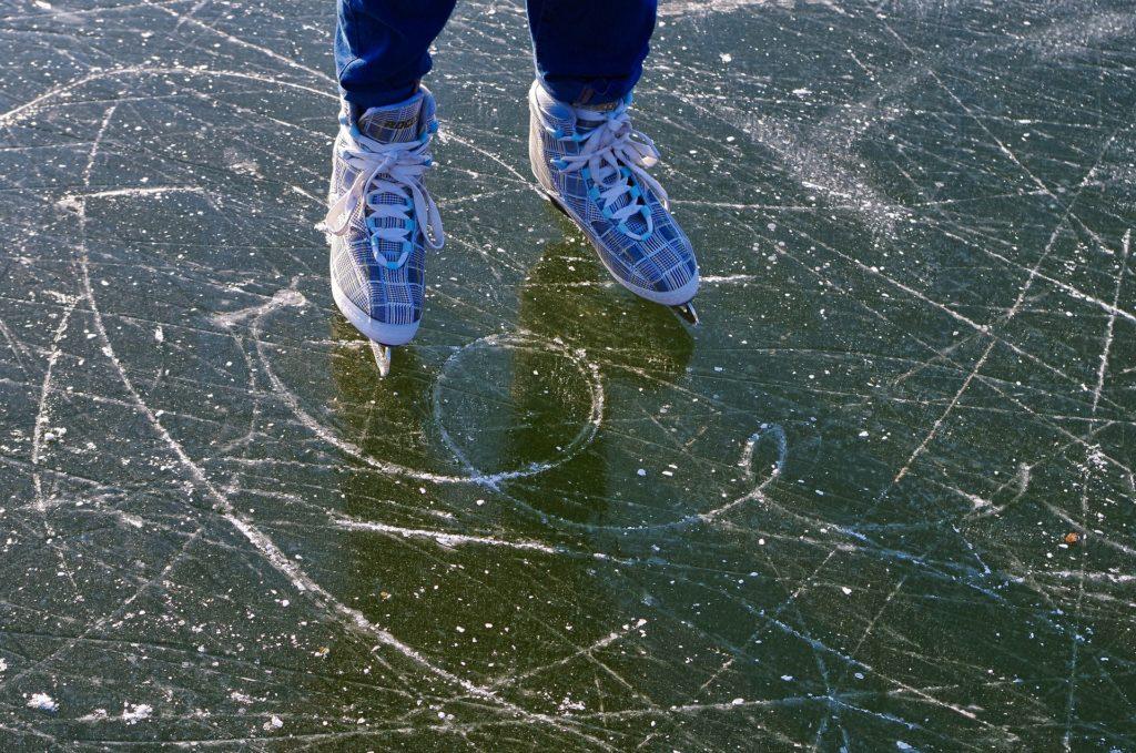 ice skating in italy