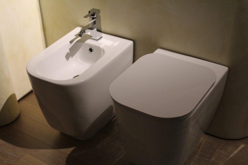 italian bidet and wc