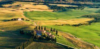 tuscany landscape house buy